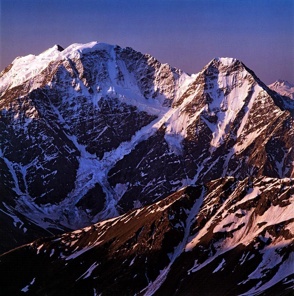 Donguz Orun a Nakra Tau, Kavkaz