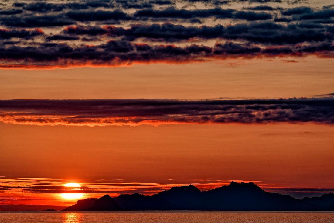 Půlnoční slunce, Lofoty